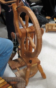 Another Magnus Drudik?  More stunning wood grain, just dreamy...