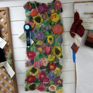 Cheery floral felt rug